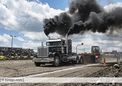 F20170702a132215_0381-ASTTQ-SEMI-Freightliner noir Ontario