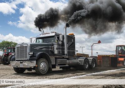 F20170702a132216_0384-ASTTQ-SEMI-Freightliner noir Ontario