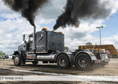 F20170702a132218_0388-ASTTQ-SEMI-Freightliner noir Ontario