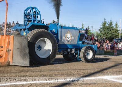 F20190706a185628_8757-BEST-ASTTQ-St-Agapit-ProFarm-Ford 8210-Blue Power (1024x683)